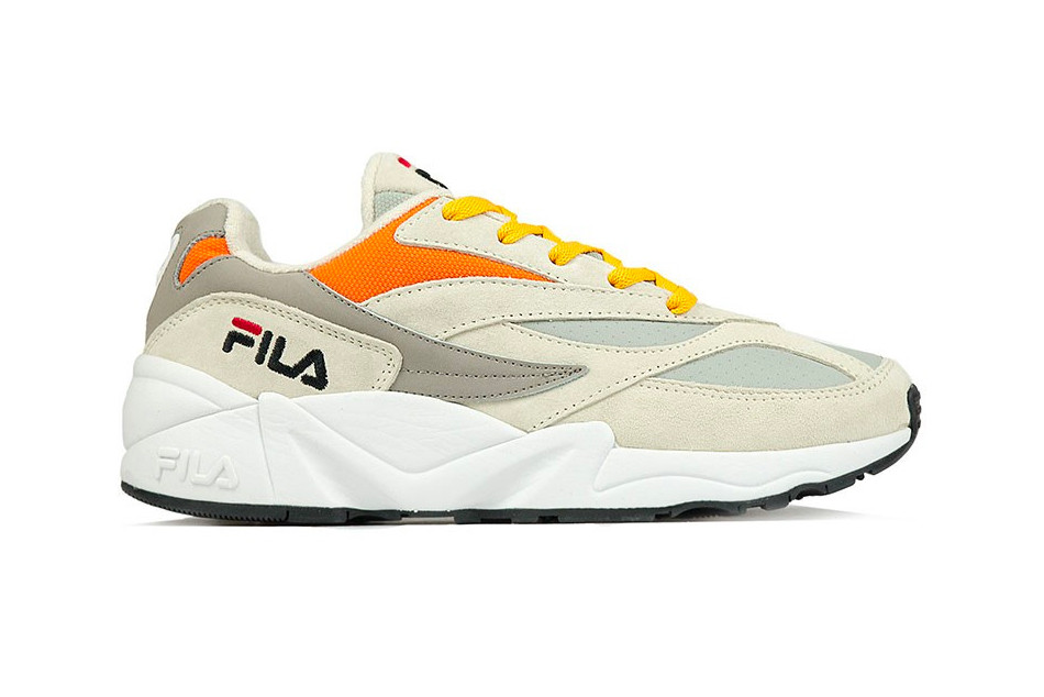 """e890190ababa The FILA V94M """"Italy"""" pack is available right now for both men and women"""