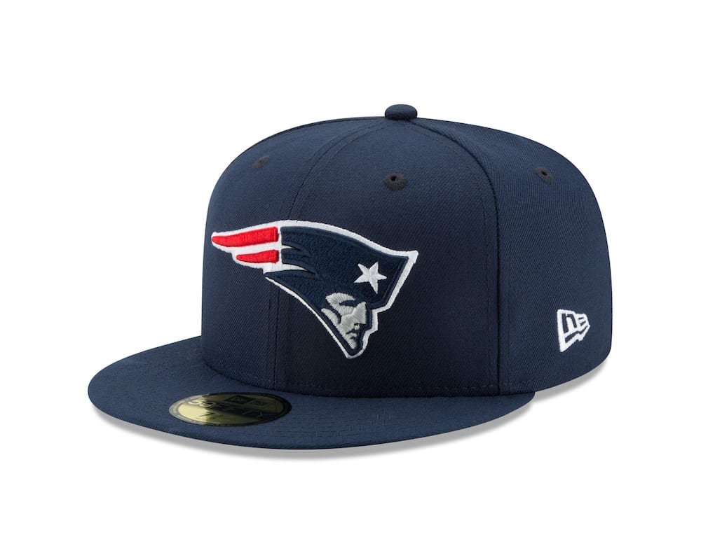 "80033e092b5 The ""New Era Super Bowl LIII Tarmac"" ( 100 USD) is a special 9FIFTY that  will be given to players and coaches arriving in ATL"