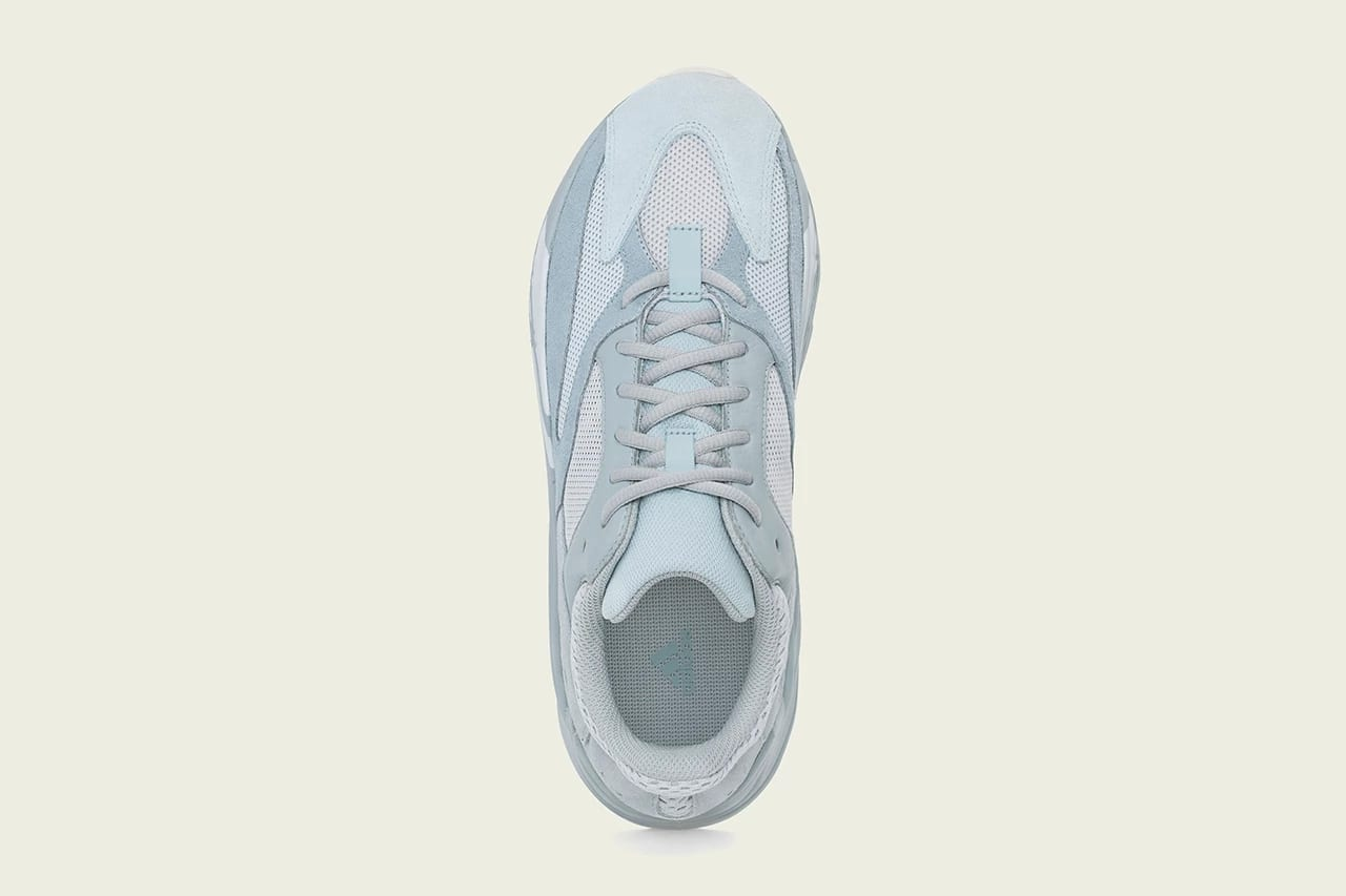 lowest price f1679 9f00f Constantly Fresh: adidas YEEZY BOOST 700