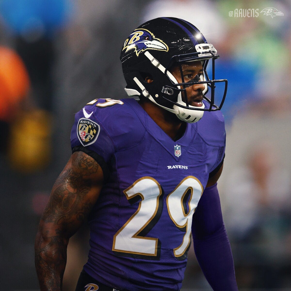 4bd67e4ff7e Earl Thomas Signs a Four-Year Deal With the Baltimore Ravens
