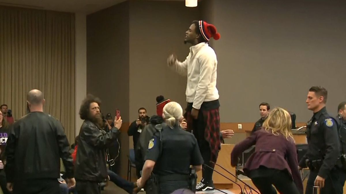 Protestors Swarms Sacramento City Council Following Aftermath of Stephon Clark