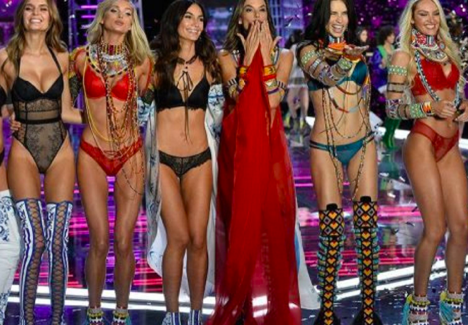 61c1960be8 Victoria s Secret Closing More Than 50 Stores Following Comment Scandal