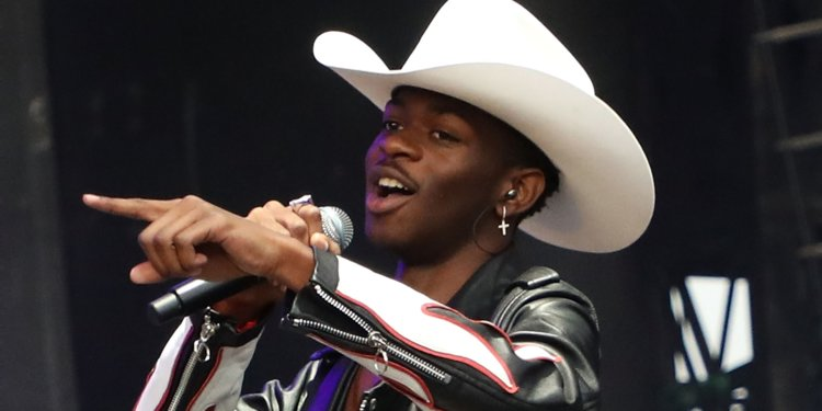 Lil Nas X Comes Out in Celebratory Pride Post