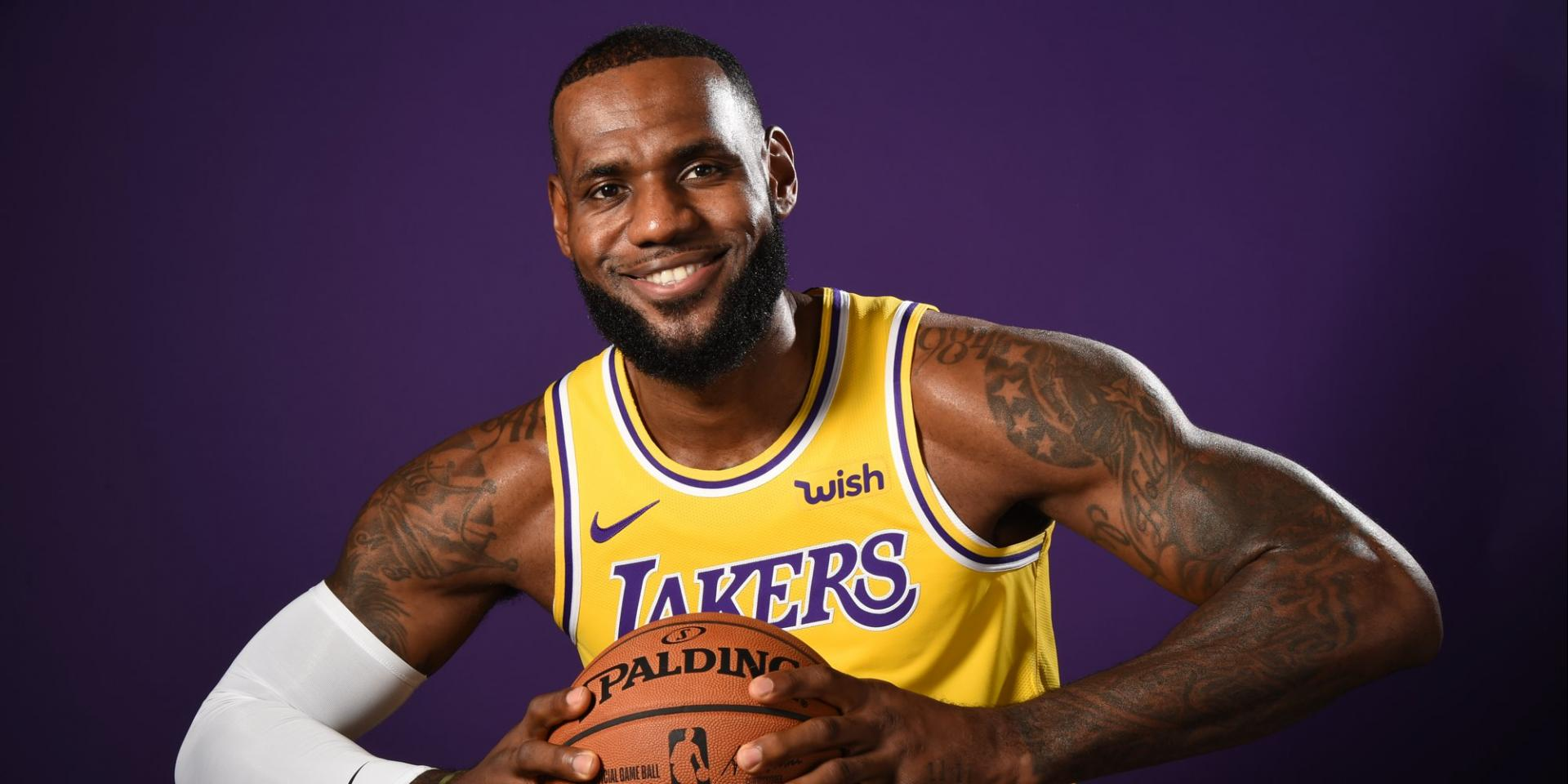 1272da2c SOURCE SPORTS: Nike Blocks LeBron James From Giving Anthony Davis His  Number, Davis To Wear Number 3