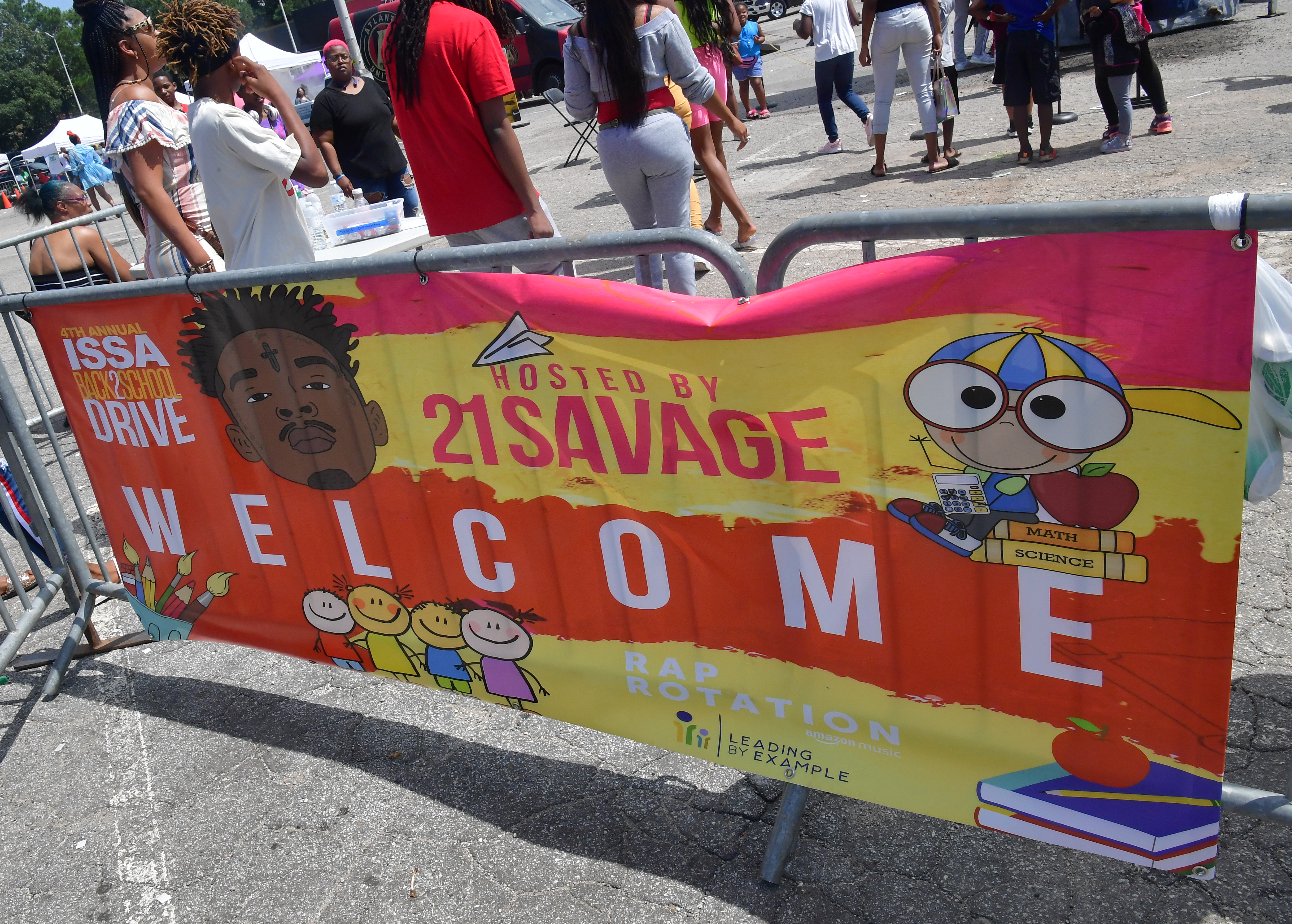 21 Savage Supports 2,300 Kids in Atlanta with Fourth Annual 'Issa Back 2 School Drive'