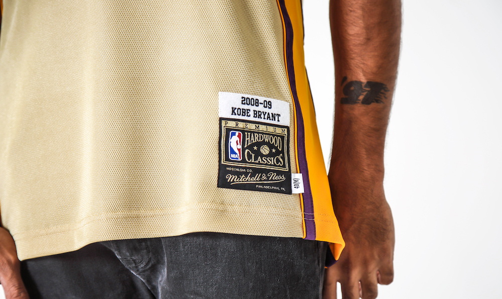 classic fit b9014 8e0dd Mitchell & Ness Drop a Gold 08–09 Lakers Jersey For 'Kobe ...