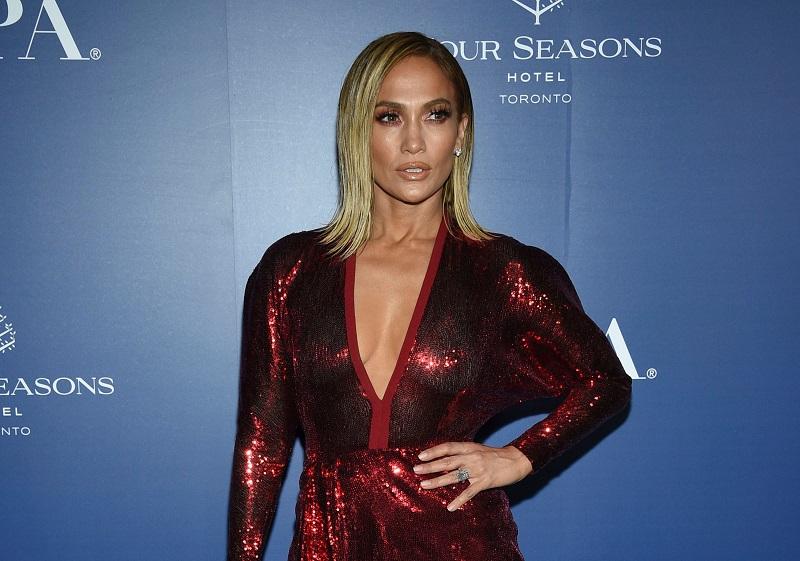 Jennifer Lopez Inks First-Look Deal with Netflix