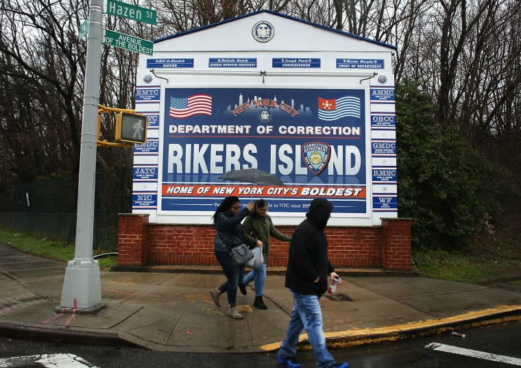 NY City Council Backs Mayor De Blasio in Closing Rikers Island