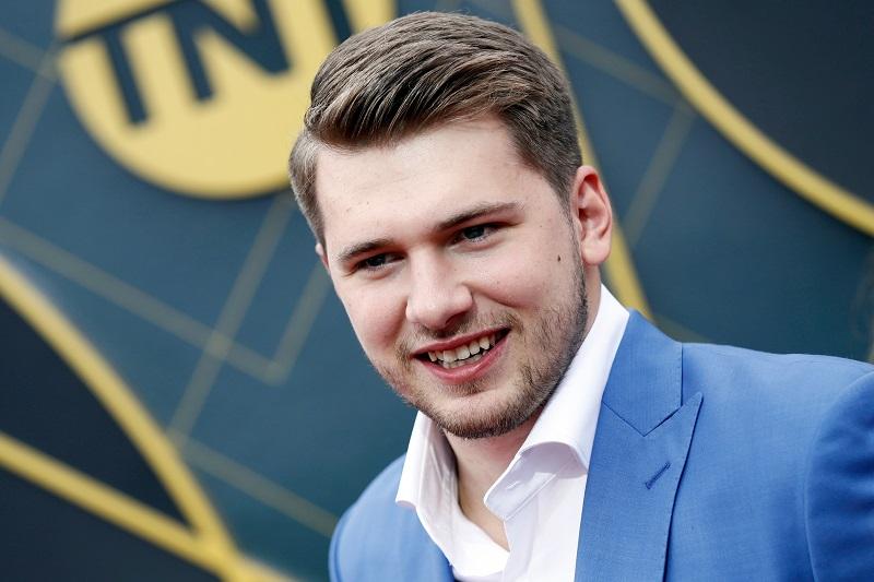 SOURCE SPORTS: Luka Dončić Previews New Jordan Retro 1