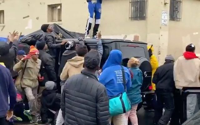 Blueface Makes it Rain on Homeless at Skid Row LA