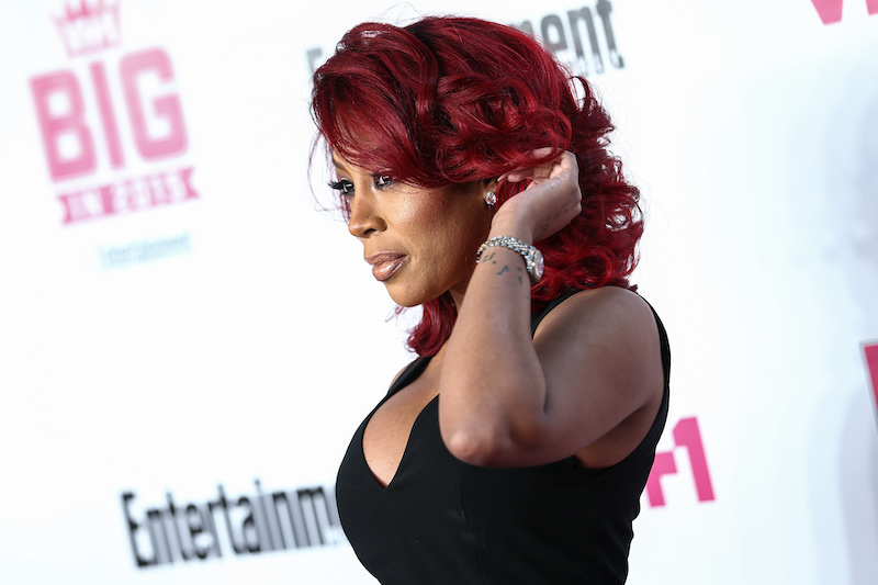 K. Michelle Responds to Body Malfunction During Live