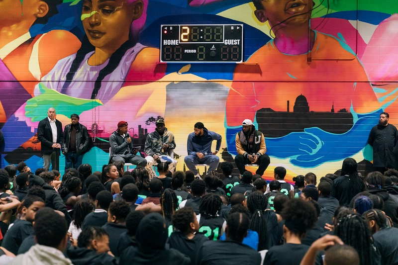 LeBron James, Anthony Davis, and Virgil Abloh Surprise Girls & Boys Club in Chicago