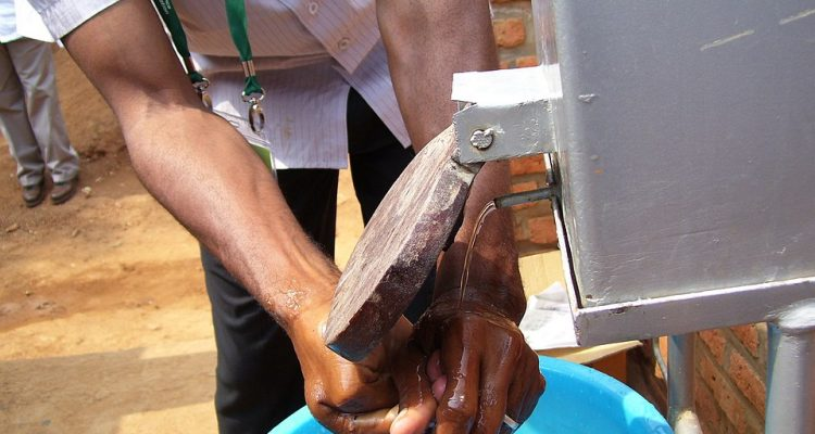 px How to use the handwashing station