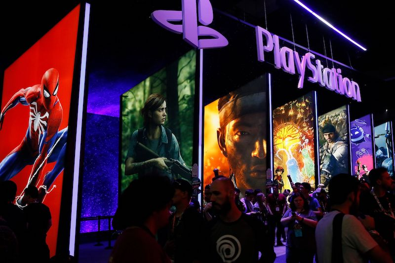 Playstation Network Crashes, Causing Chaos and Confusion for Millions of Users
