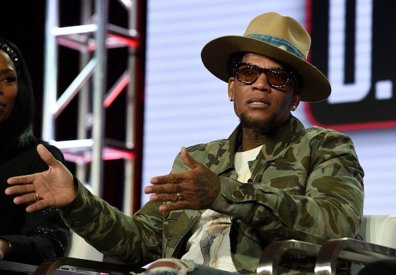 Exclusive: D.L. Hughley Talks 'The Laugh Experience' and Adjusting Comedy to the Digital World
