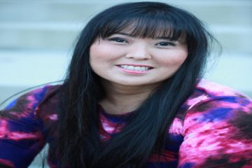 Helen Yu Headshot