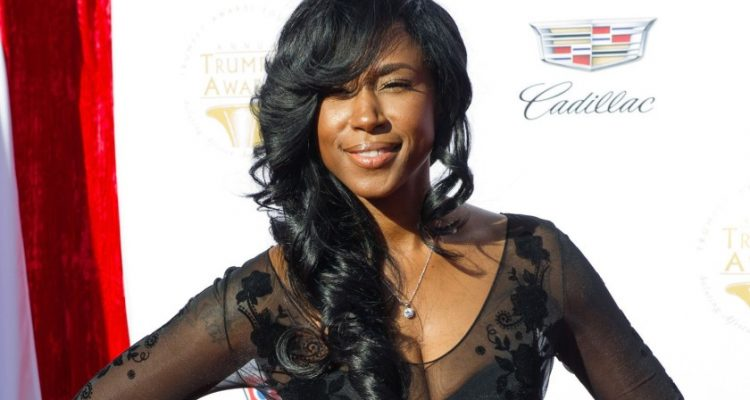 R&B Singer Tweet Says Female Artists 'Have to be Over-sexualized in Order to Win'
