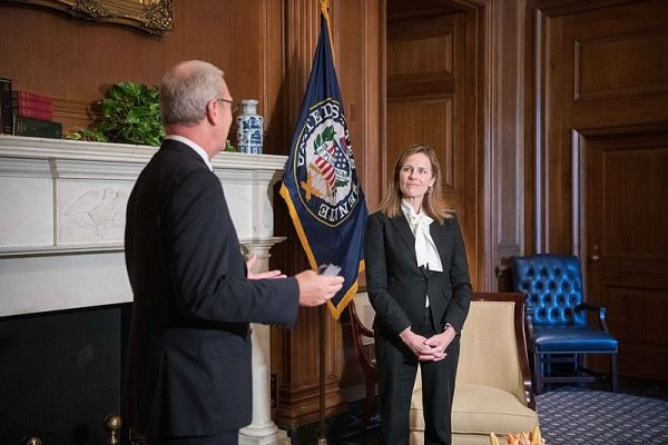 800px Amy Coney Barrett meets with Kevin Cramer 1