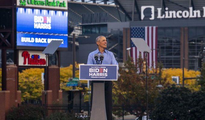 Obama Slams Trump in First Stop on Joe Biden's Campaign Trail
