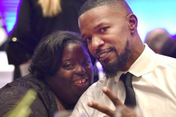 Jamie Foxx Confirms His Sister DeOndra Dixon Passed Away