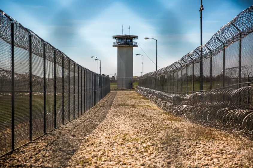 TX Prisons, Jails Labeled 'Worst Covid-19 Hotspots' in the U.S.