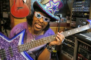 Bootsy Collins Shows Love to Snoop Dogg and Dr. Dre