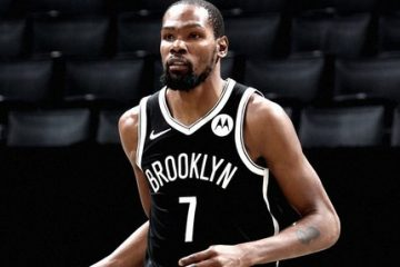 Kevin Durant Scores 15 in Nets Preseason Debut
