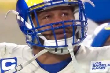 Rams' Aaron Donald Seen Crying After Playoff Loss to Packers