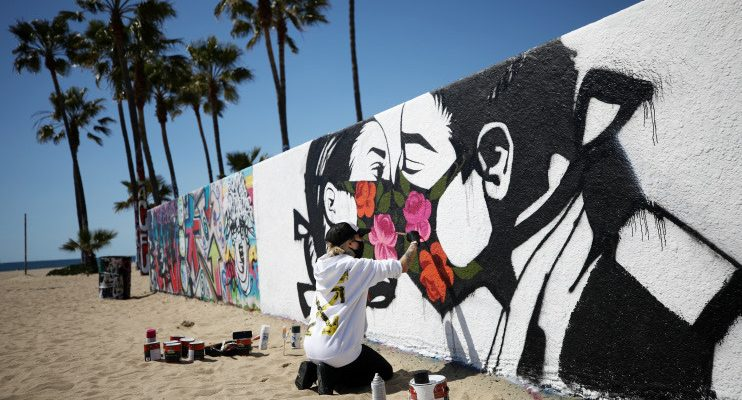 Local Business Owners Use Art To Brighten up LA During COVID Pandemic