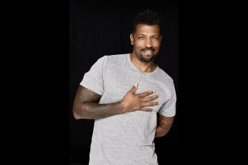 LlzEb.qR4e small Deon Cole partners with Cot