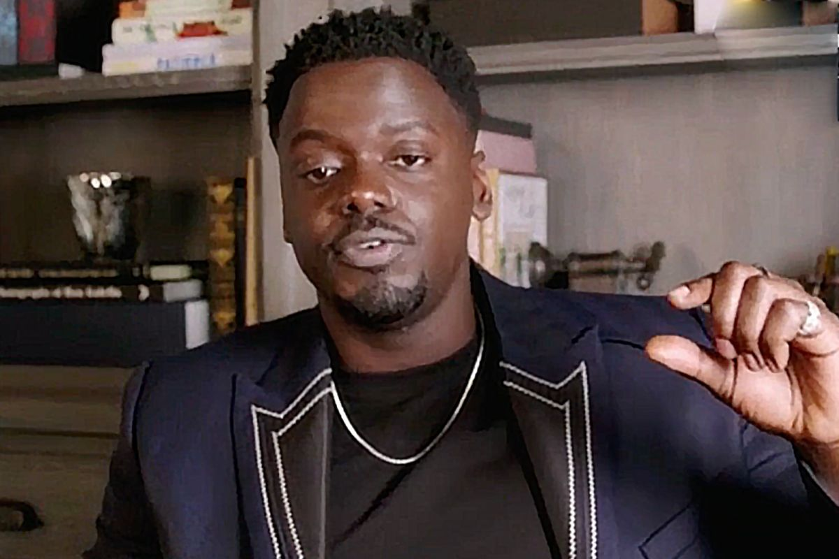 "Daniel Kaluuya Calls Out Golden Globes For Technical Difficulties: ""You Doing Me Dirty"""