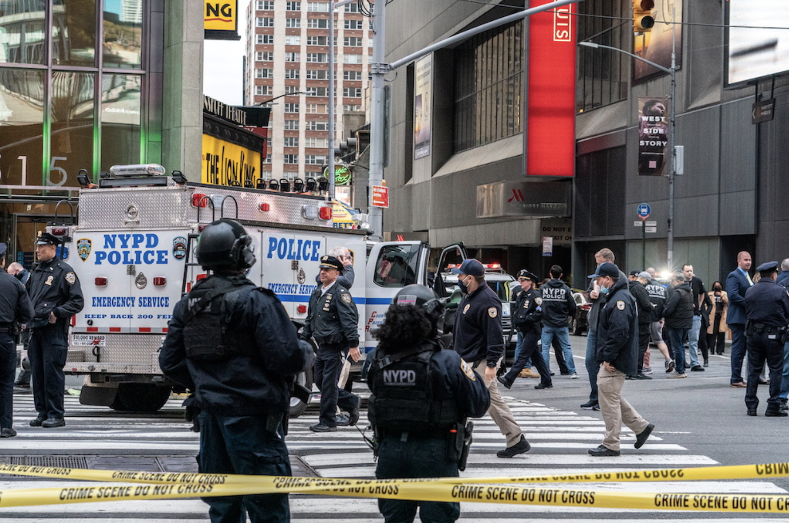 3 Bystanders Injured In Times Square Shooting