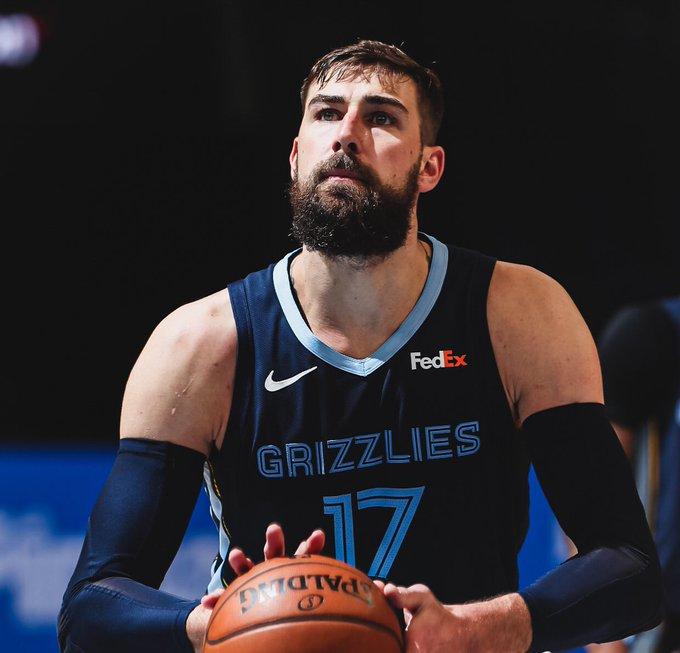 Pelicans and Grizzlies trade big men, draft picks in trade