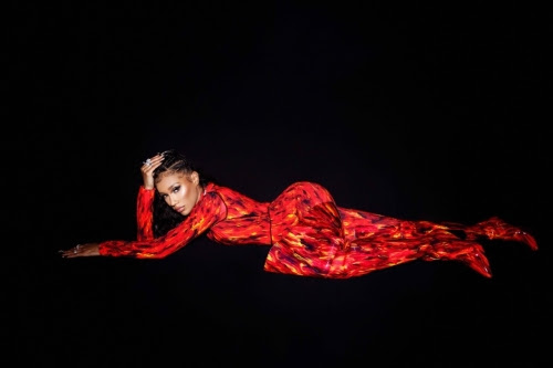 "Bia's ""Whole Lotta Money"" Remix with Nicki Minaj Makes Top 20 Billboard Hot 100 Debut"