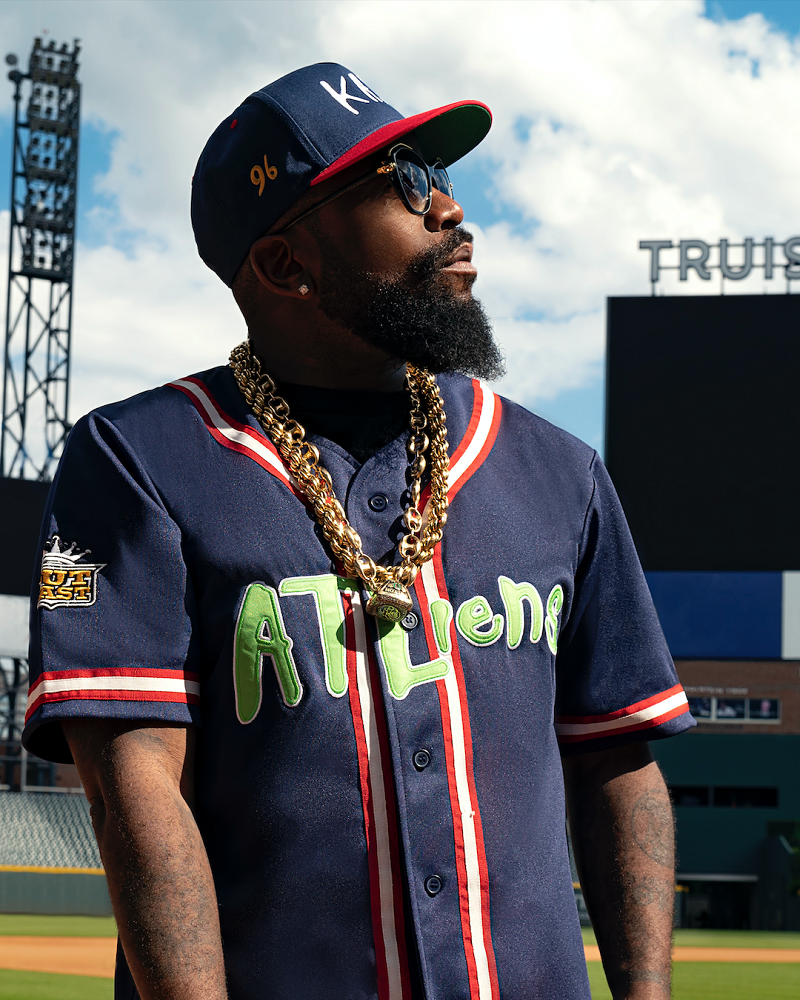 Outkast Teams with Bleacher Report for 'ATLiens' Merch Collection