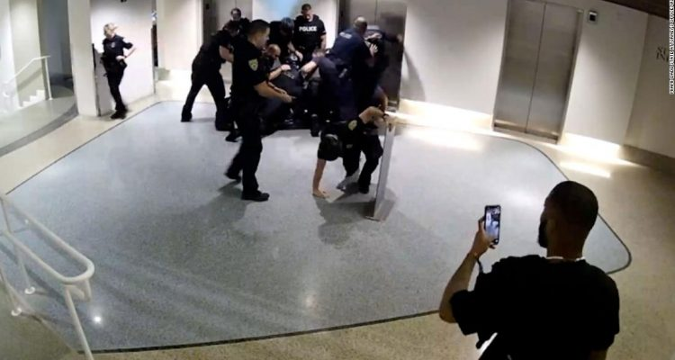 210803001641 miami beach officers alleged excessive force super tease