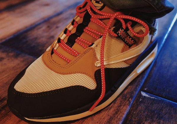 Travis Scott Nike Air Max 1 Baroque Brown 1