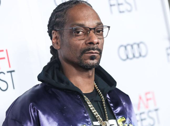 Snoop Dogg Reveals Cover Art and Release Date For His 19th Studio Album 'Algorithm'