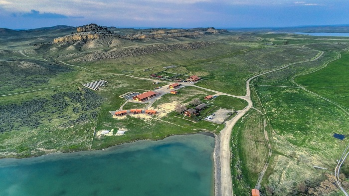 Kanye West's days in Wyoming appear to be over. TMZ reports Kanye has listed his Wyoming property on the real estate market at $11 million.